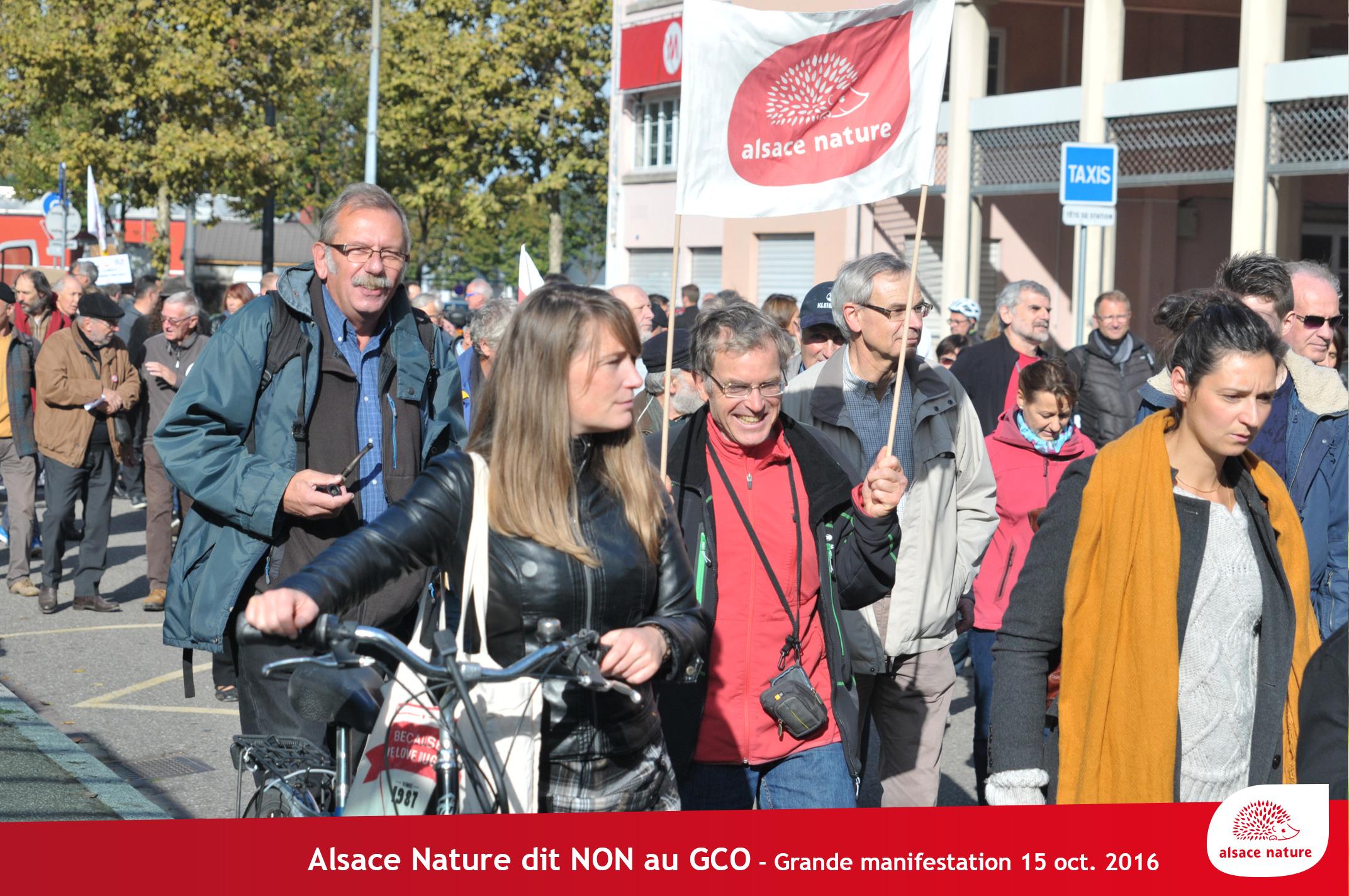 3 000 personnes et 82 tracteurs contre le GCO à Strasbourg