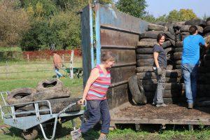 Chantier de ramasage de pneus à Darchstein
